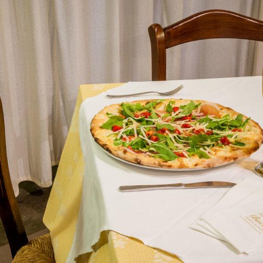 http://www.hotelbaccocilento.it/wp-content/uploads/2016/12/ristorante-hotel-bacco-03-540x540.jpg