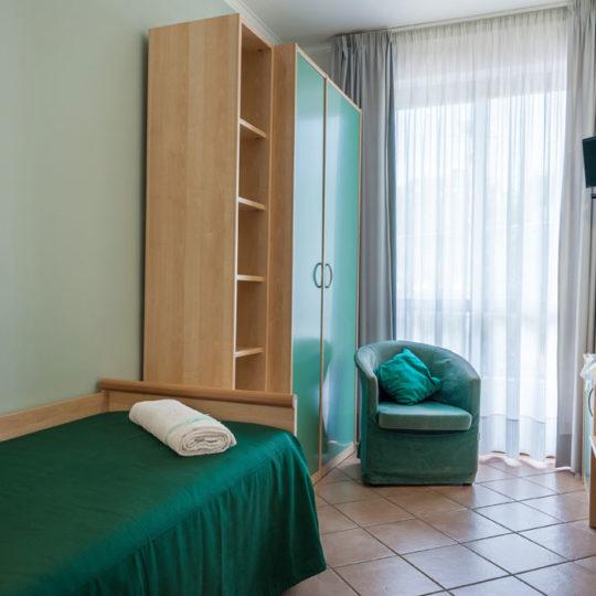 https://www.hotelbaccocilento.it/wp-content/uploads/2016/02/hotelbacco-singola-01-540x540.jpg