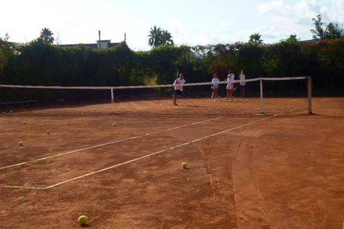 https://www.hotelbaccocilento.it/wp-content/uploads/2016/02/tennis-hotel-bacco.jpg