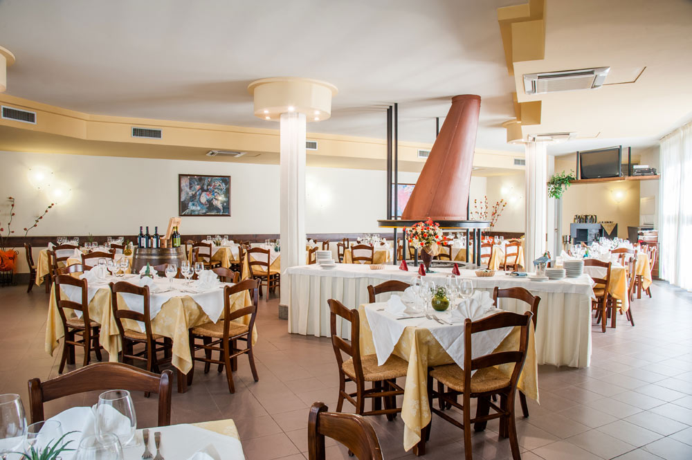 https://www.hotelbaccocilento.it/wp-content/uploads/2016/05/hotel-bacco-09.jpg