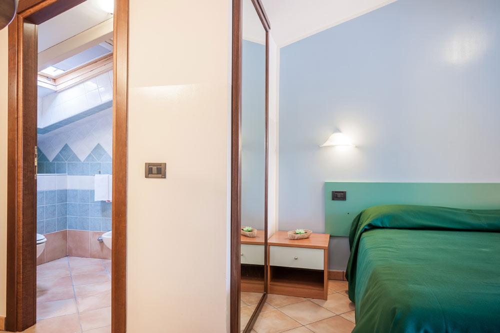 https://www.hotelbaccocilento.it/wp-content/uploads/2016/12/hotelbacco-mansarda-01.jpg